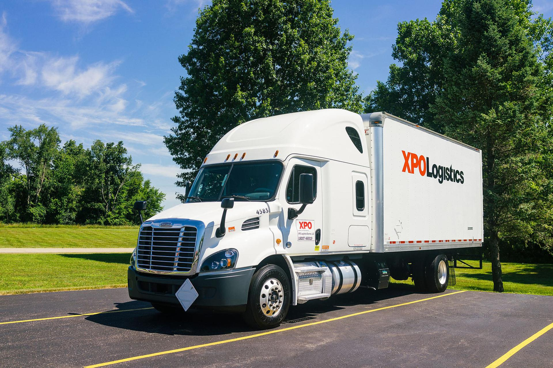 XPO expedite truck parked