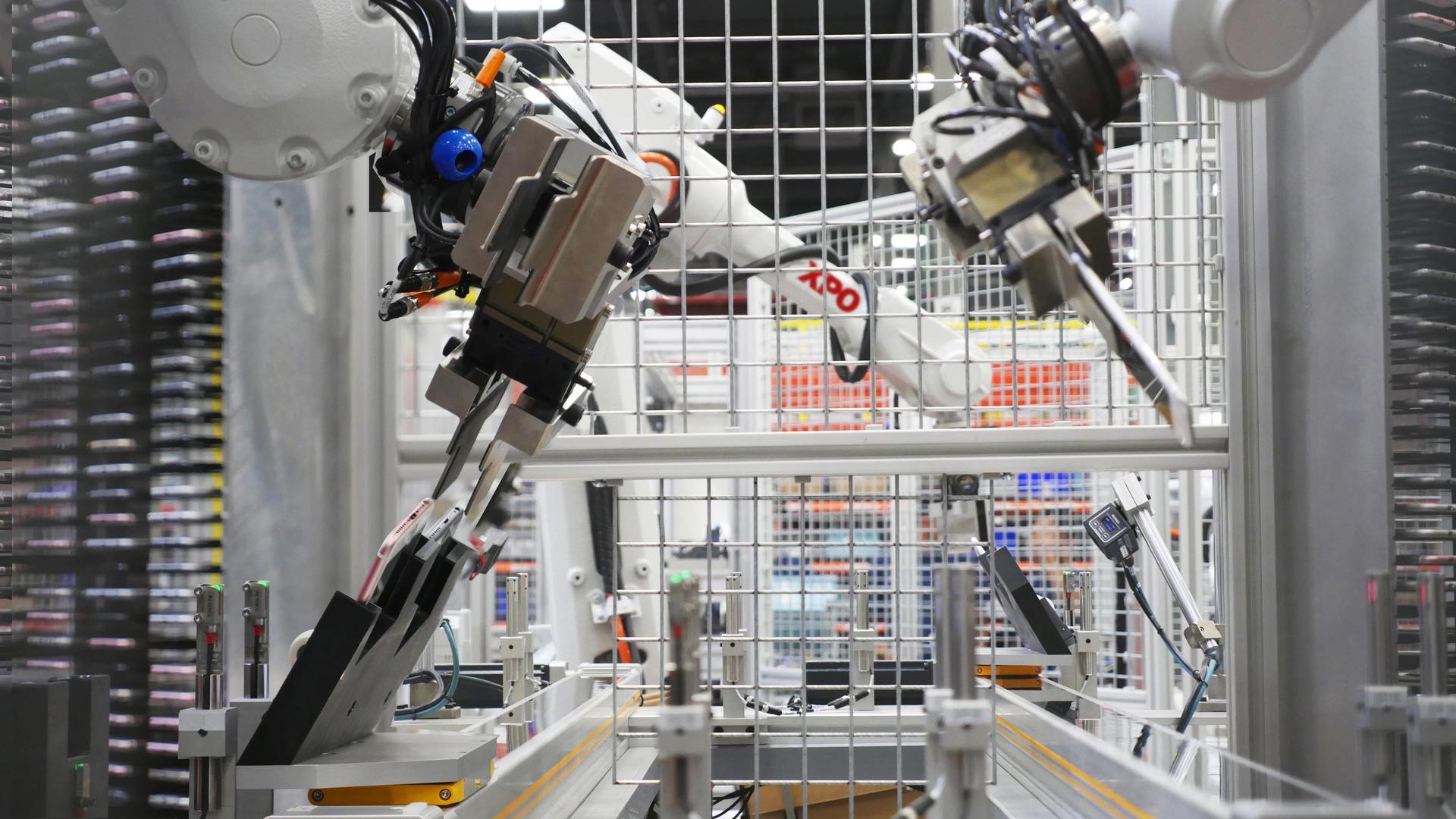 XPO robots