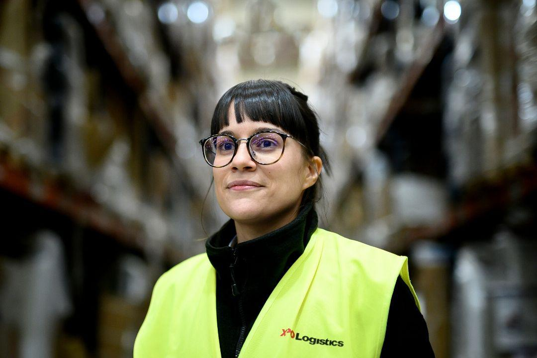 XPO Supply Chain Female Employee