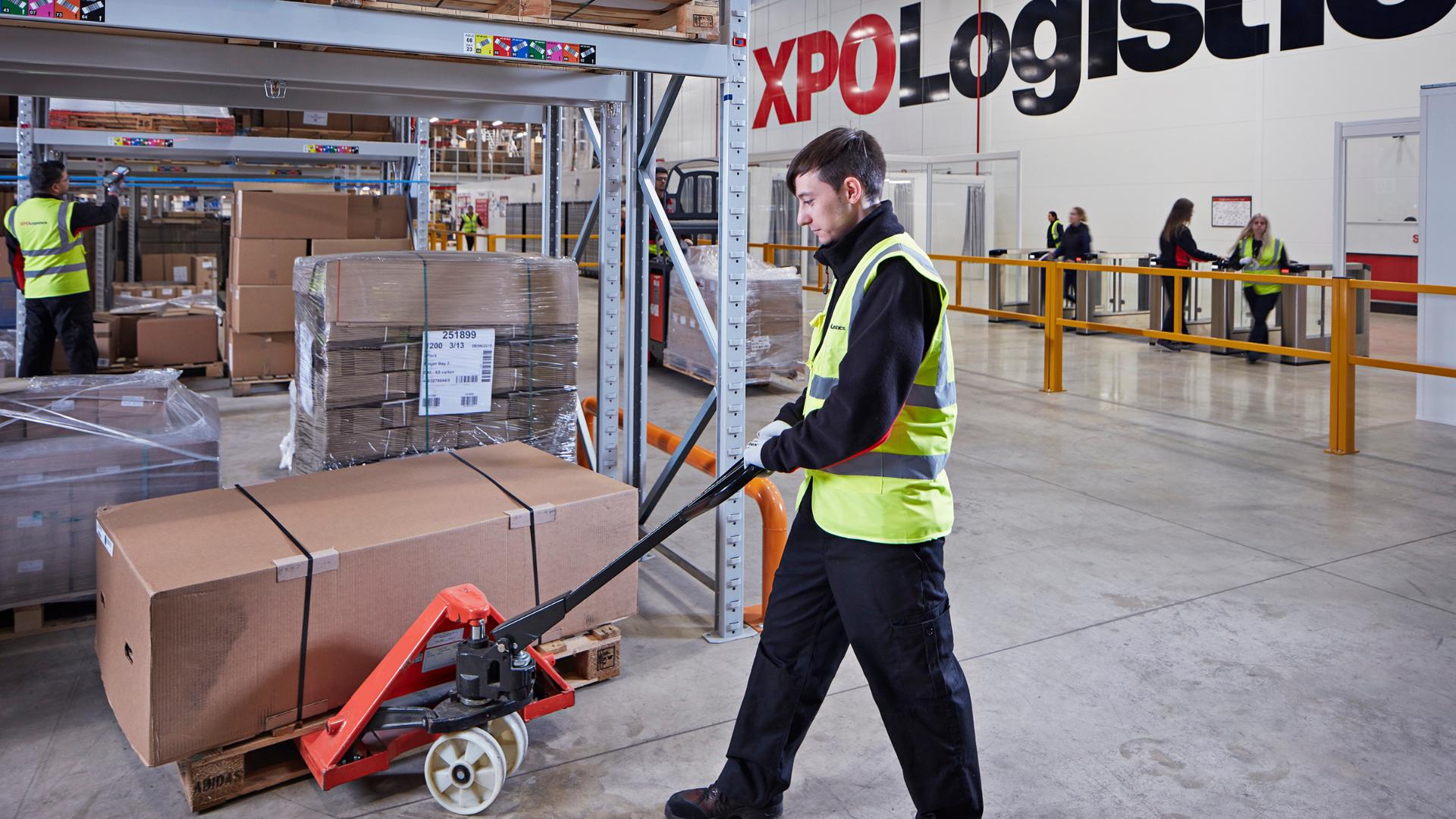 XPO Warehouse employee