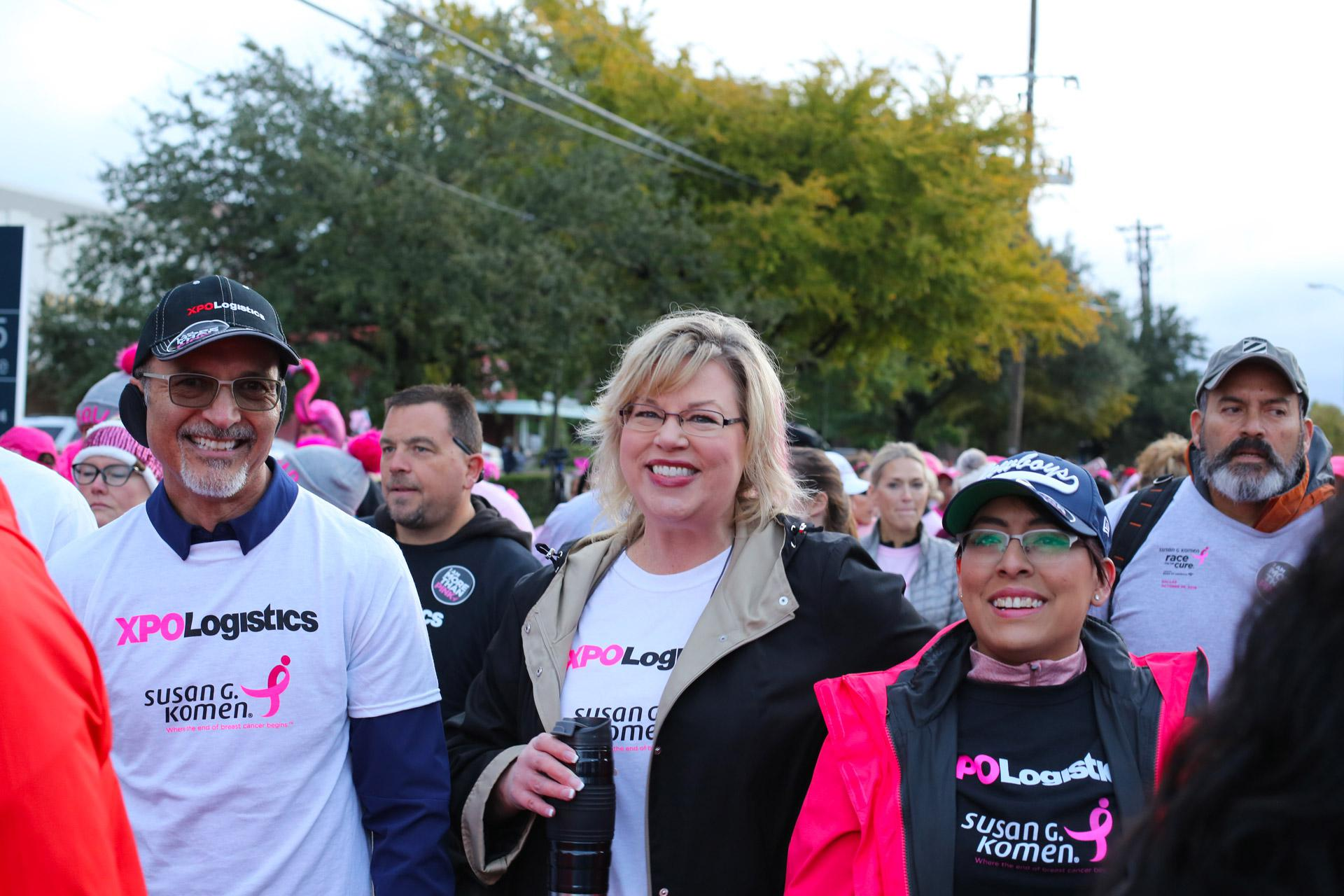 XPO employees participate in a Susan G. Komen Race for the Cure.