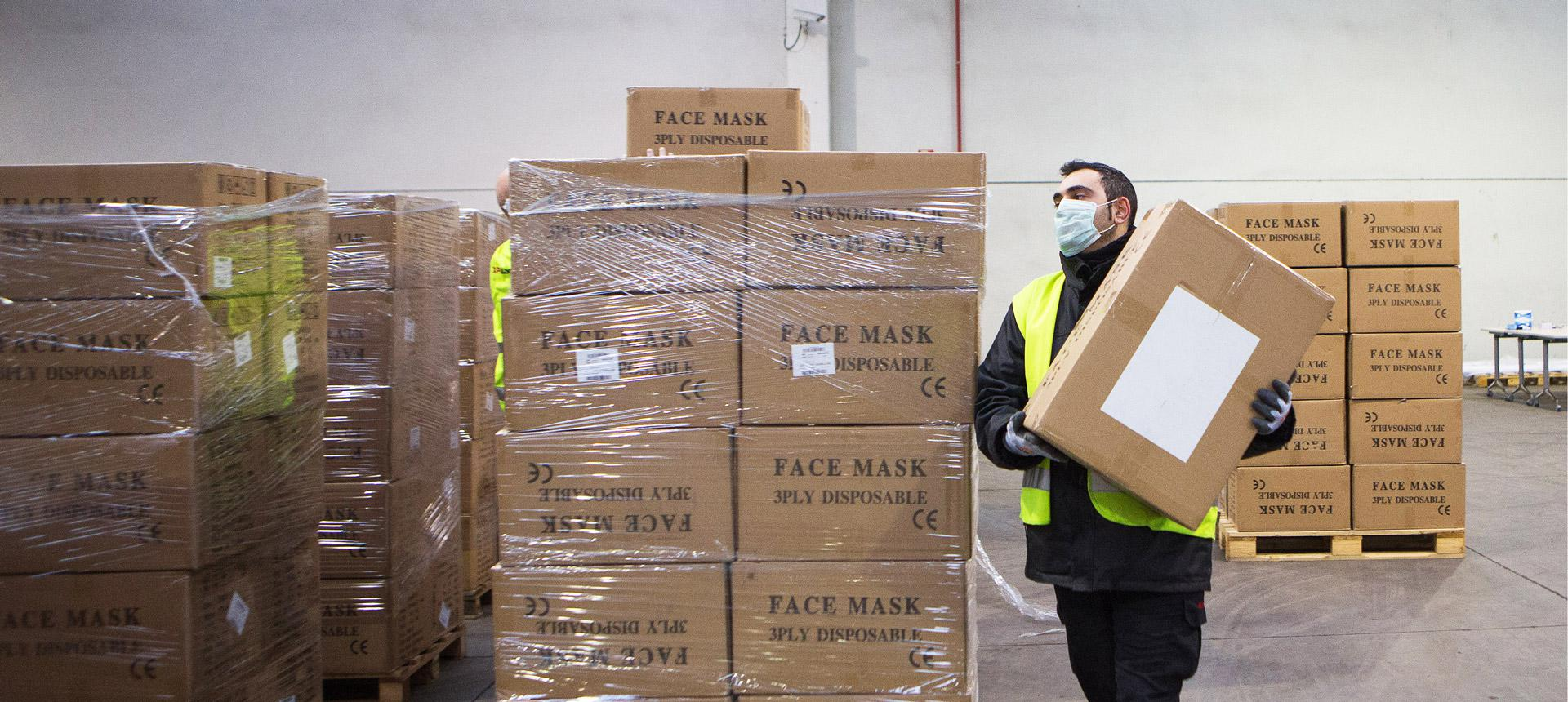 XPO employee helps transport PPE
