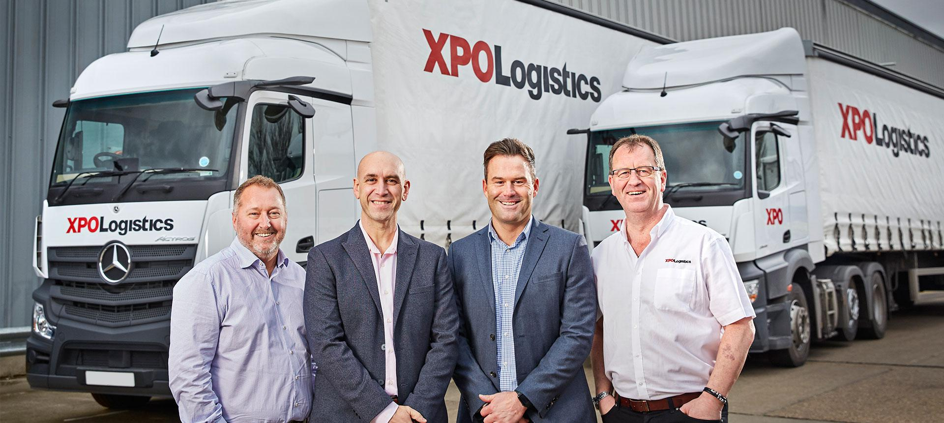 XPO and Mercedes-Benz leadership pose together
